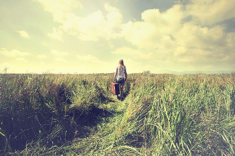 walking-in-field